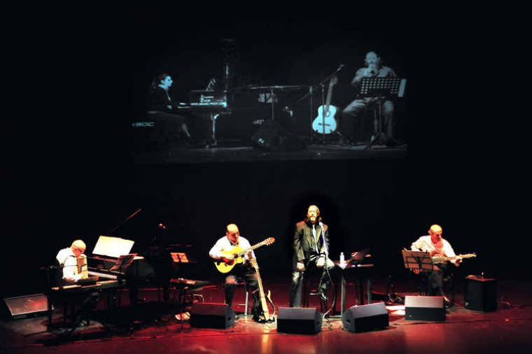 Monachil cierra su programación cultural de julio con un homenaje a los cien años de la canción italiana