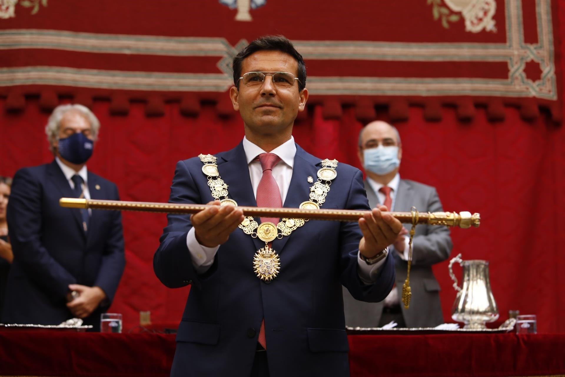 Paco Cuenca, nuevo alcalde de Granada con el apoyo de Unidas Podemos y Cs