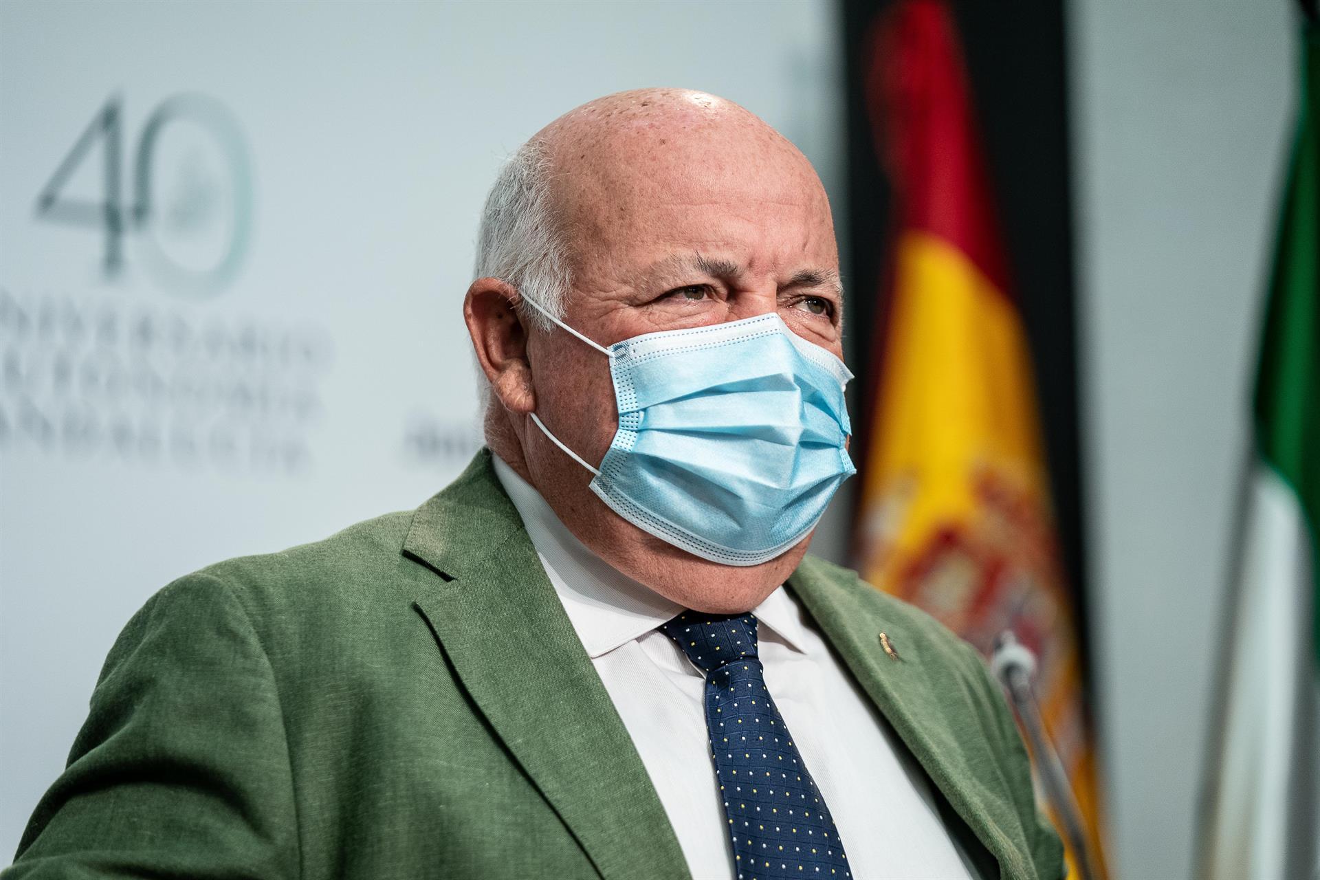 Aguirre defiende priorizar la vacunación de mayores de 30 y desliga del ocio nocturno los contagios de jóvenes