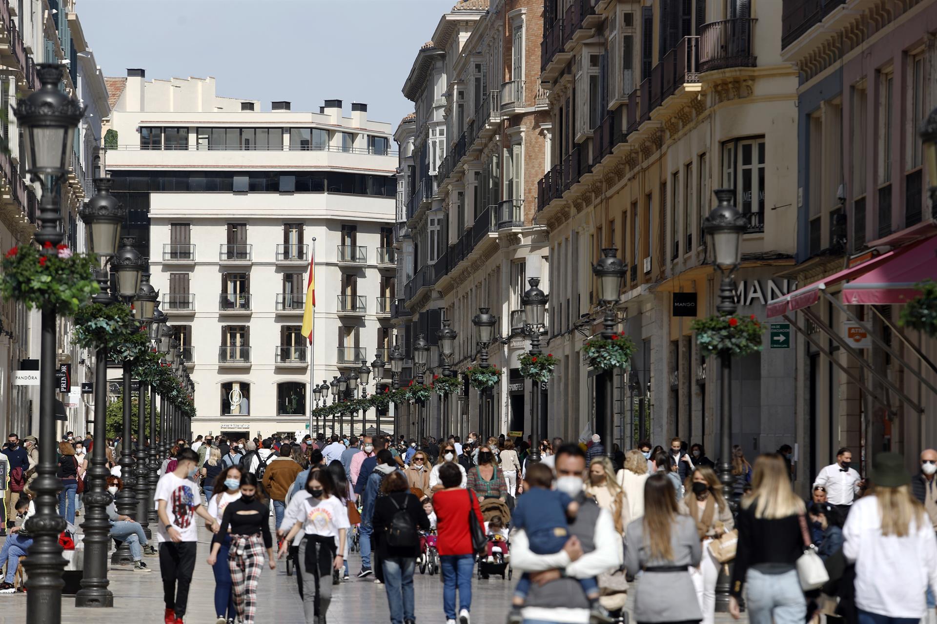 Granada, Córdoba,Málaga y 185 municipios más se encuentran en riesgo extremo por Covid en Andalucía