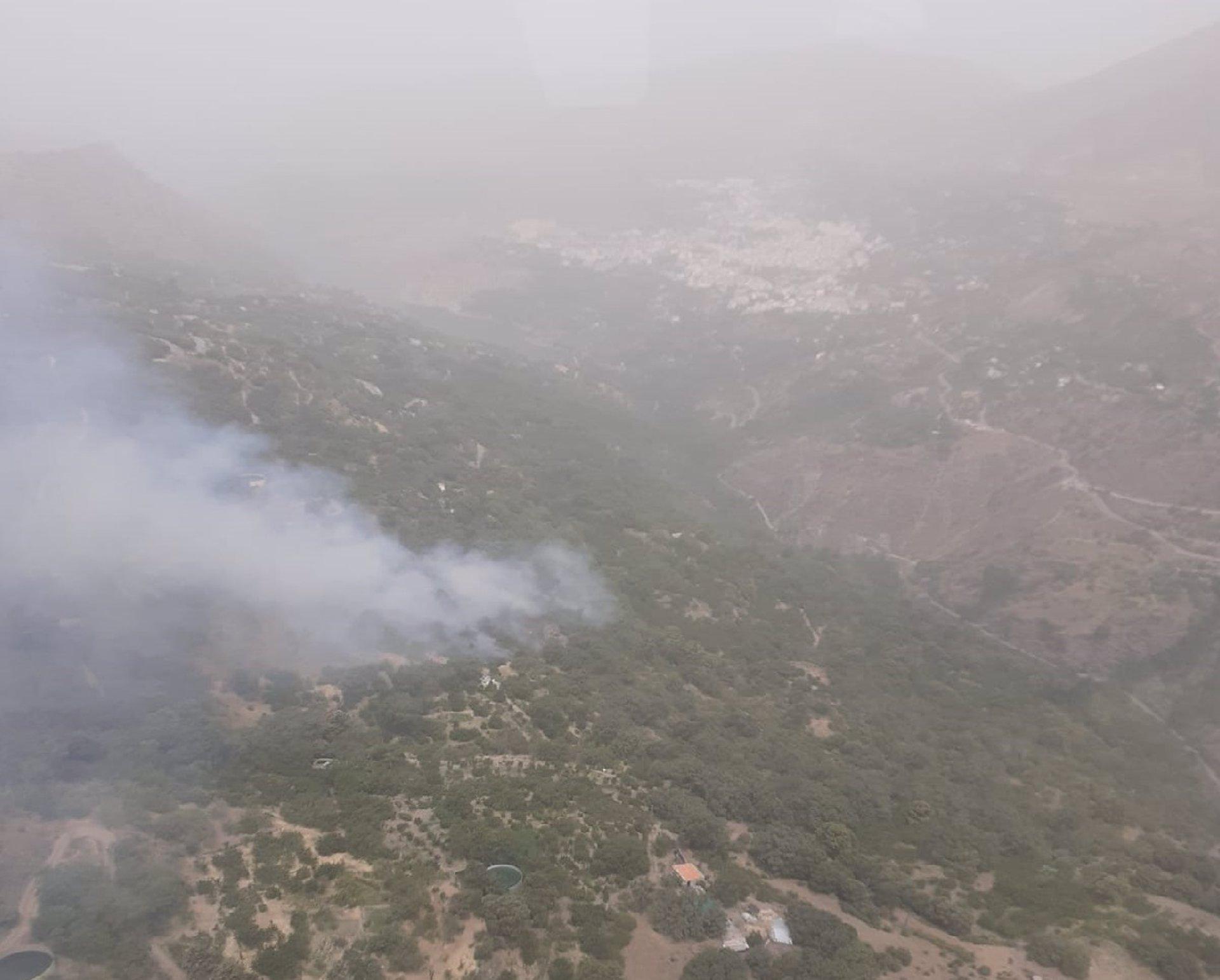 Controlado de madrugada el incendio en el paraje Río Maitena de Güéjar Sierra