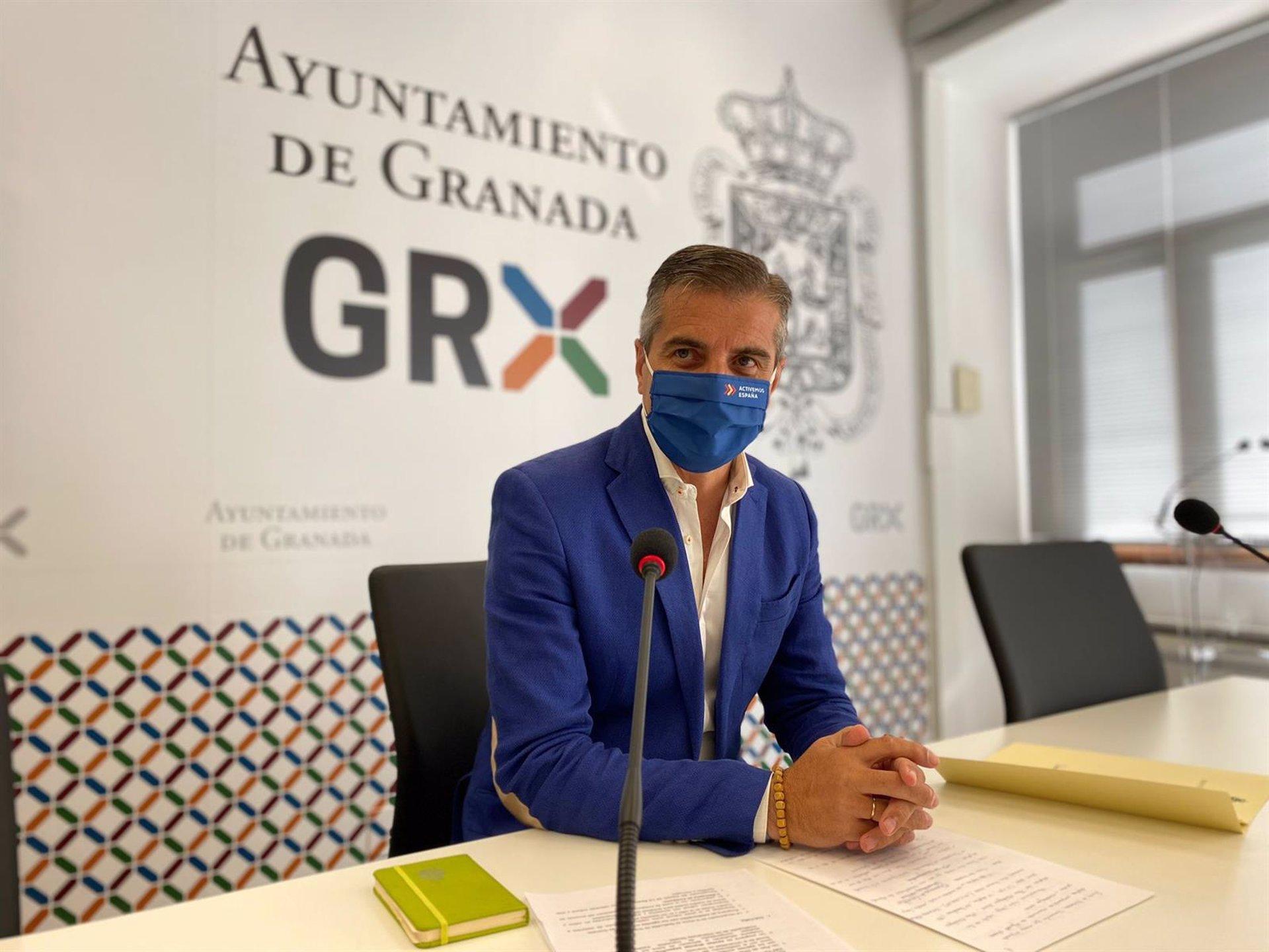 PP critica los «pactos oscuros» del alcalde de Granada (PSOE) tras la entrada de Huertas al gobierno local