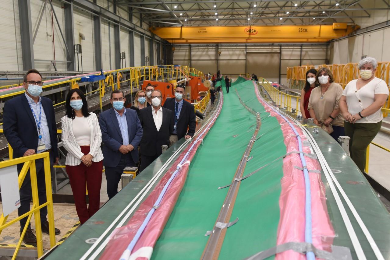 Entrena visita la empresa Eblades Technology, dedicada a la fabricación de palas para aerogeneradores