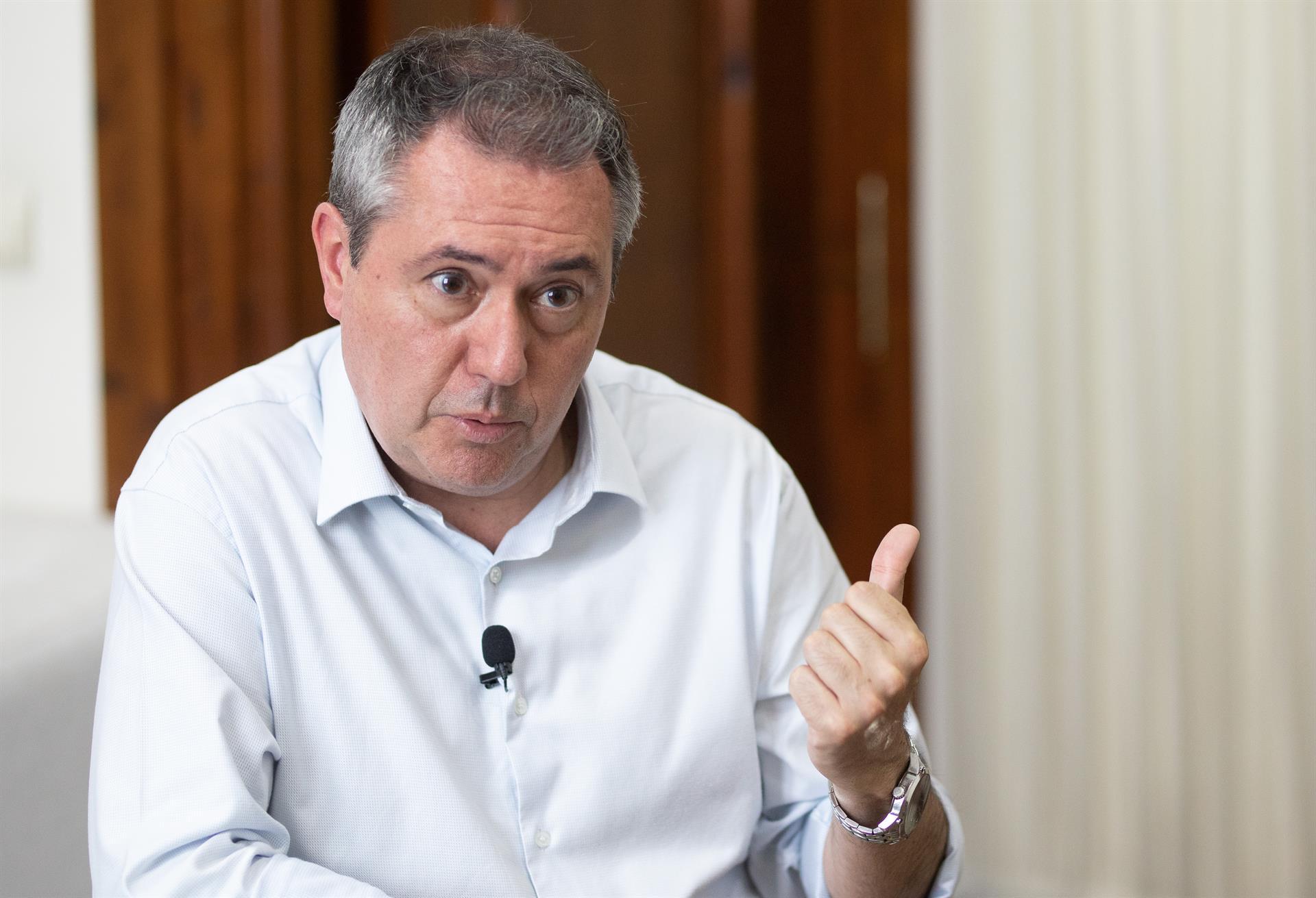 Espadas exige a Moreno que «ejecute sin demora» los 127 millones transferidos por el Gobierno para programas de empleo