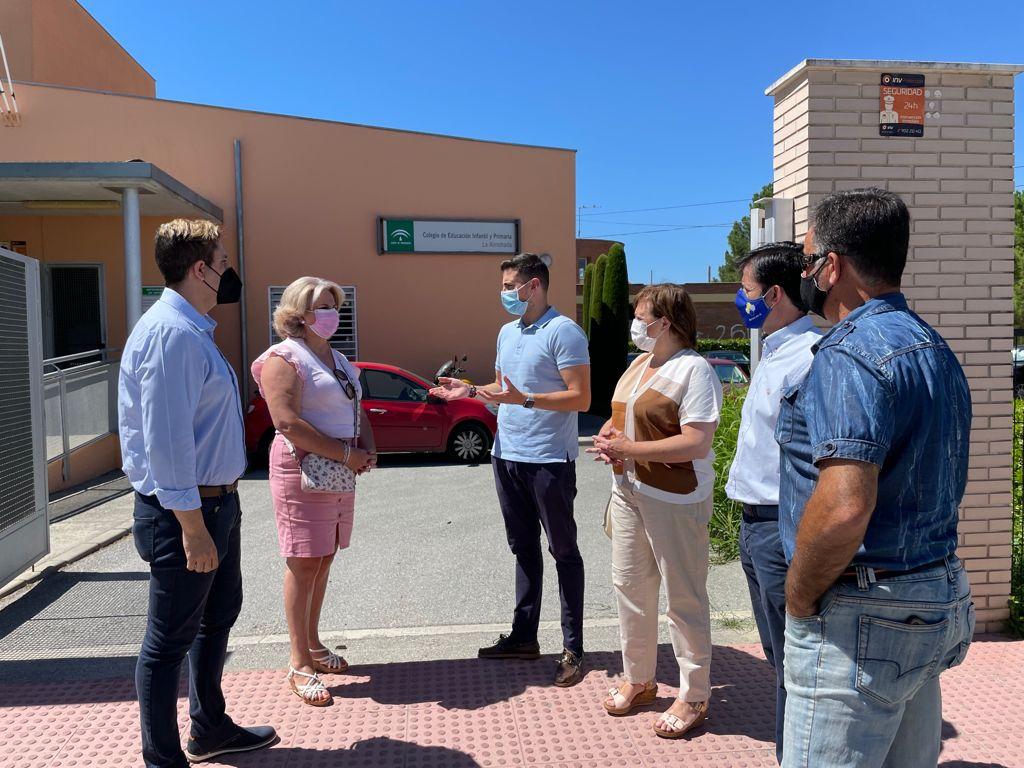 El PP destaca el compromiso del gobierno de Juanma Moreno con las infraestructuras educativas de la provincia