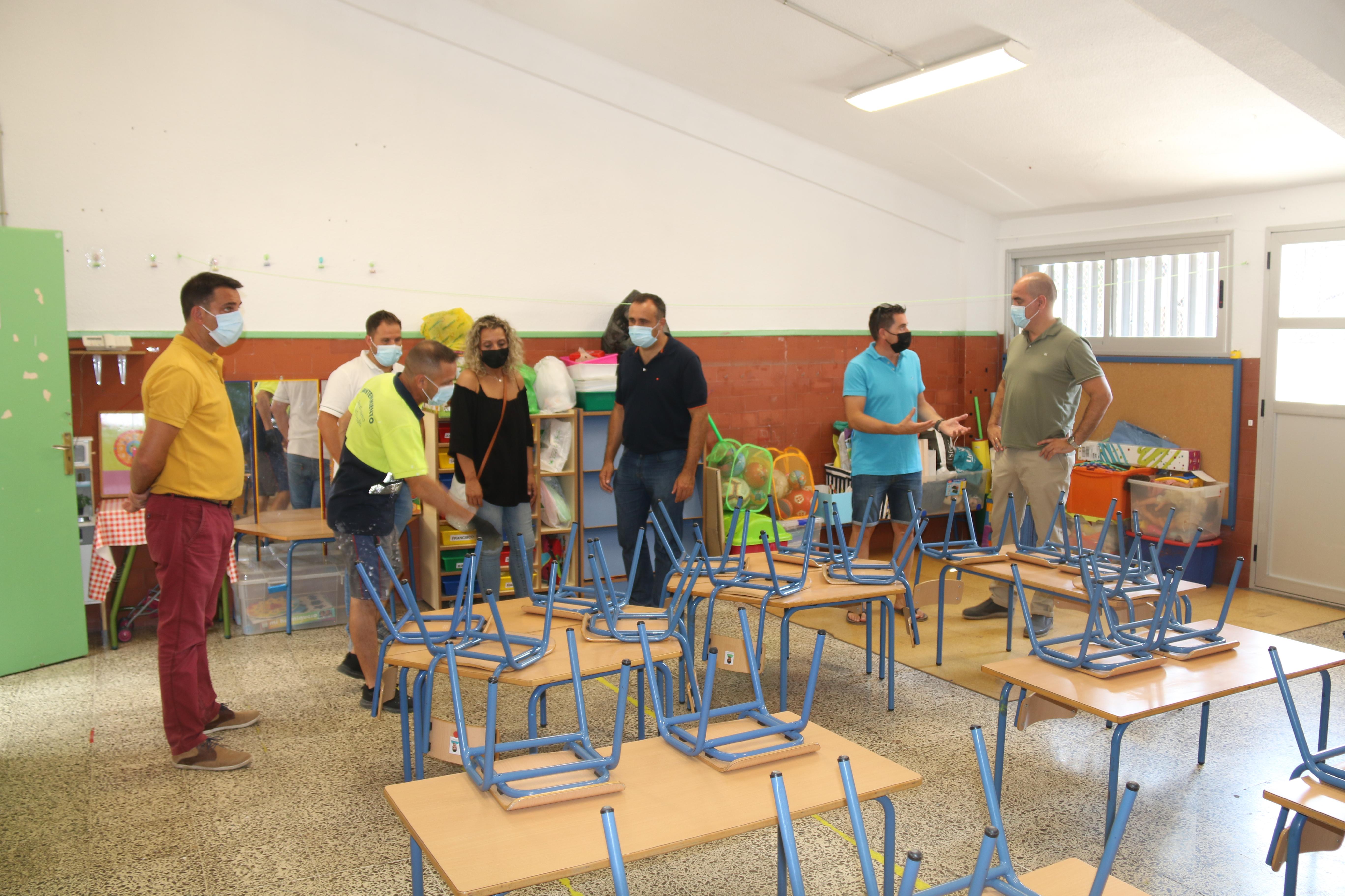 Alhendín «pone a punto» el colegio para el nuevo curso escolar
