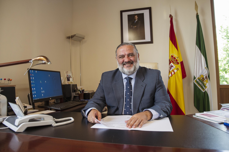 Pablo García pide «responsabilidad y colaboración» a los alcaldes ante el «riesgo extremo» de incendios forestales