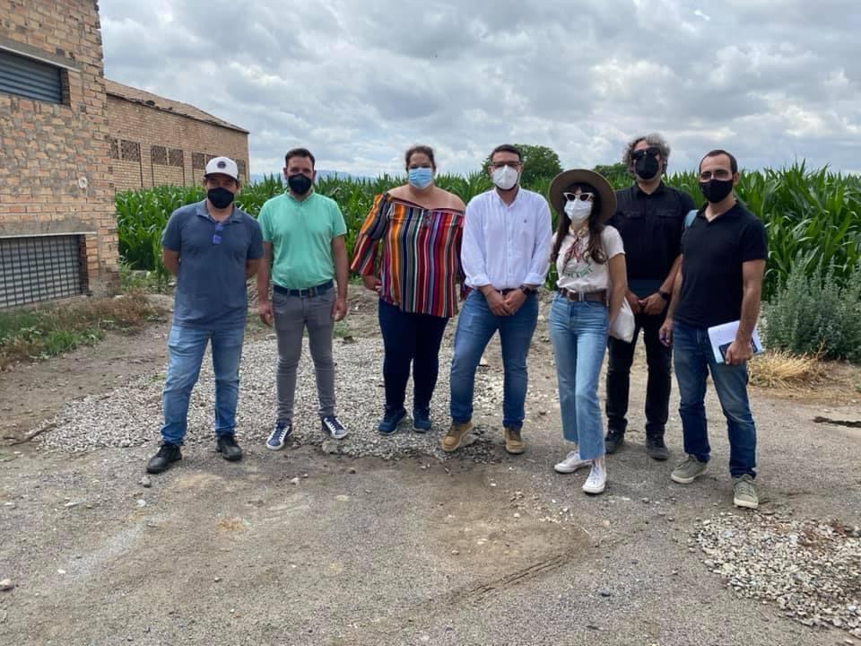 Vegas del Genil acoge el inicio del rodaje de la película 'Secaderos', que recreará el cierre de la fábrica de tabaco Cetarsa