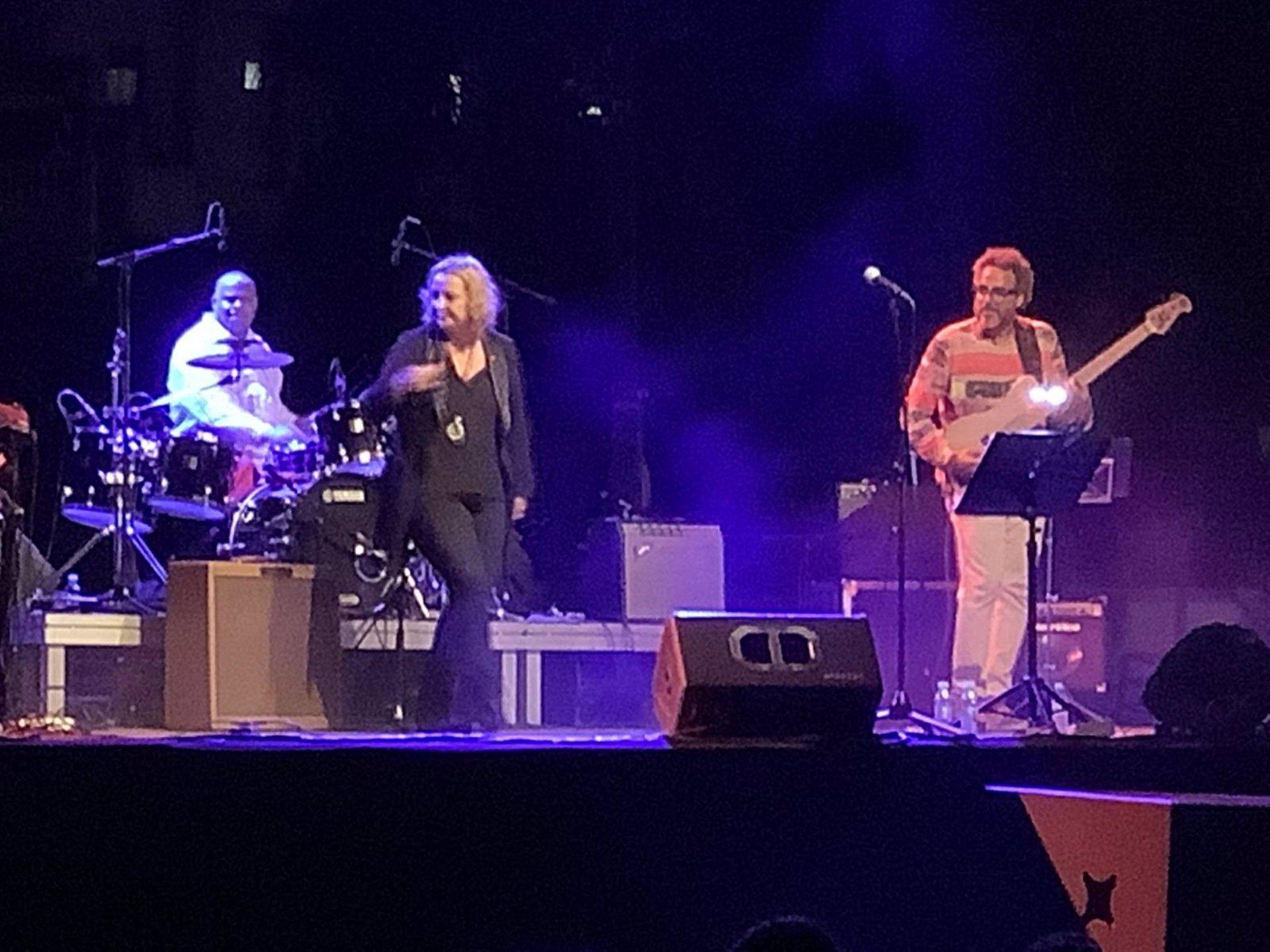 La cantante Patricia Kraus pone el broche a «La Herradura Blues Festival»