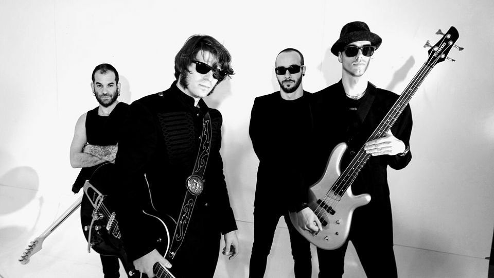 Los jardines del Centro de Día de Otura acogen un concierto gratuito de 'Rock Pálido'