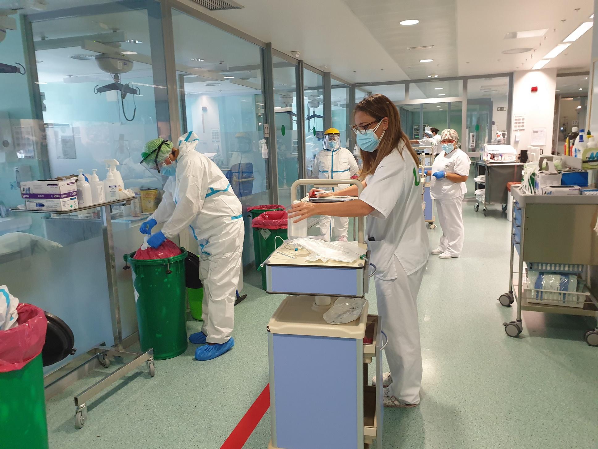 El Hospital Clínico San Cecilio lidera un estudio científico que analiza las secuelas de pacientes Covid tras su hospitalización