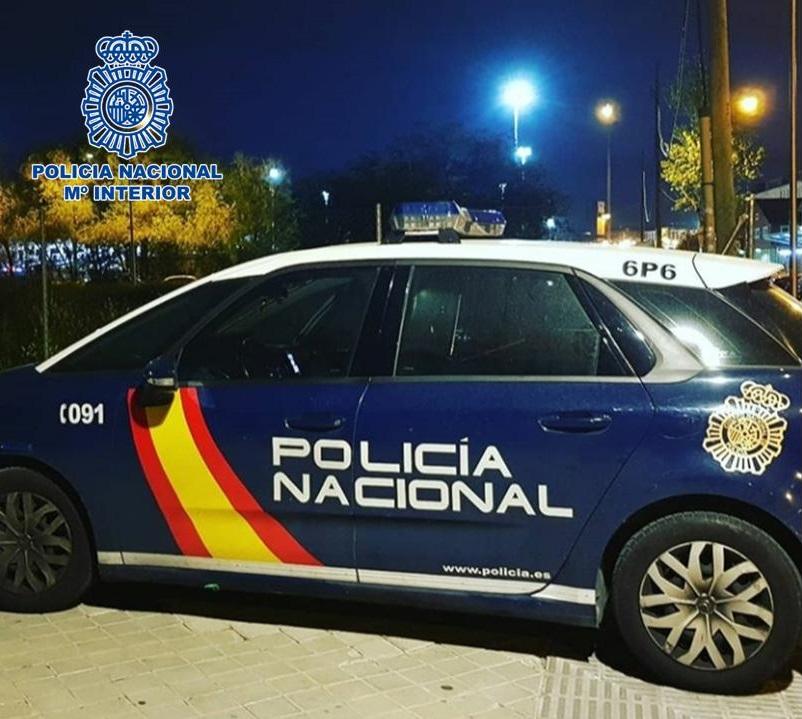 Detienen a un varón como presunto autor del robo de 900 euros a punta de pistola
