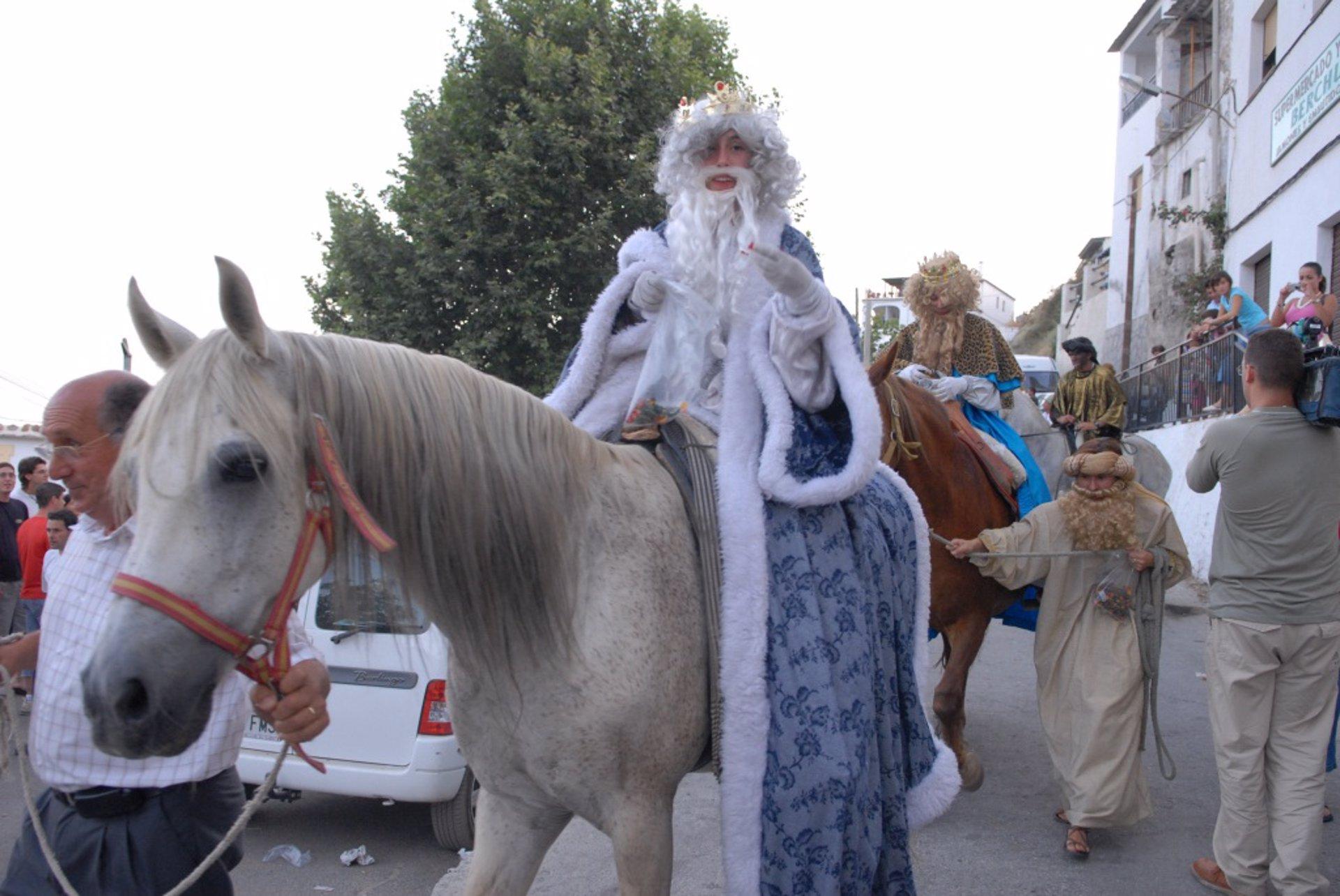 Bérchules llega este sábado a su Nochevieja de agosto con cabalgata pero sin uvas en la calle