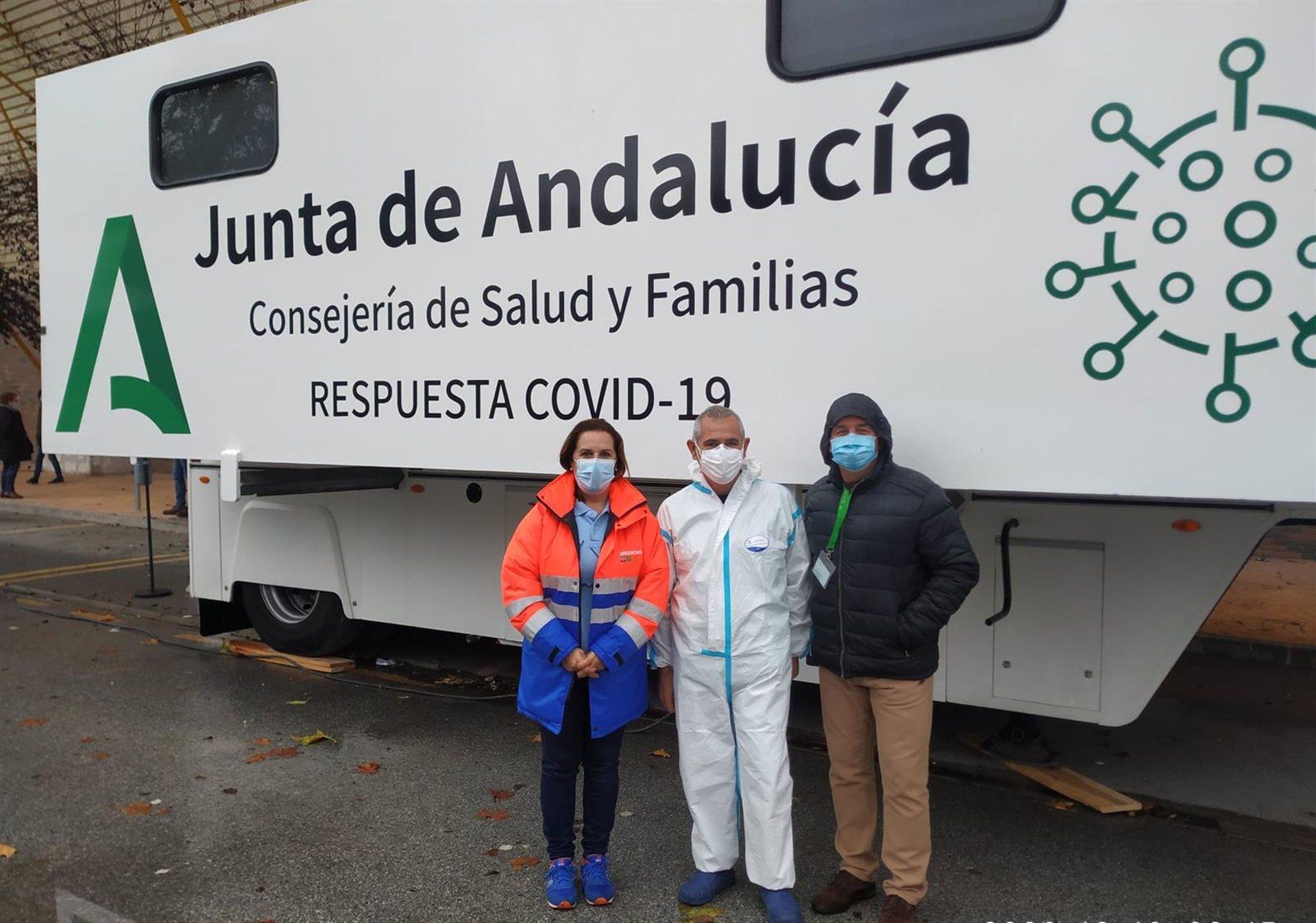 Andalucía reduce en más de 100 los municipios en «riesgo extremo» por covid, pero se mantienen las capitales
