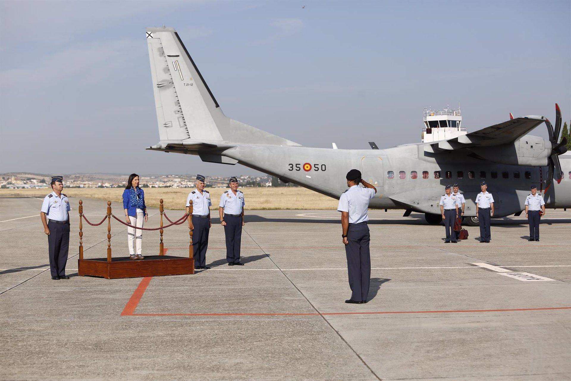 La Base Aérea de Armilla alcanza las 300.000 horas de vuelo de instrucción