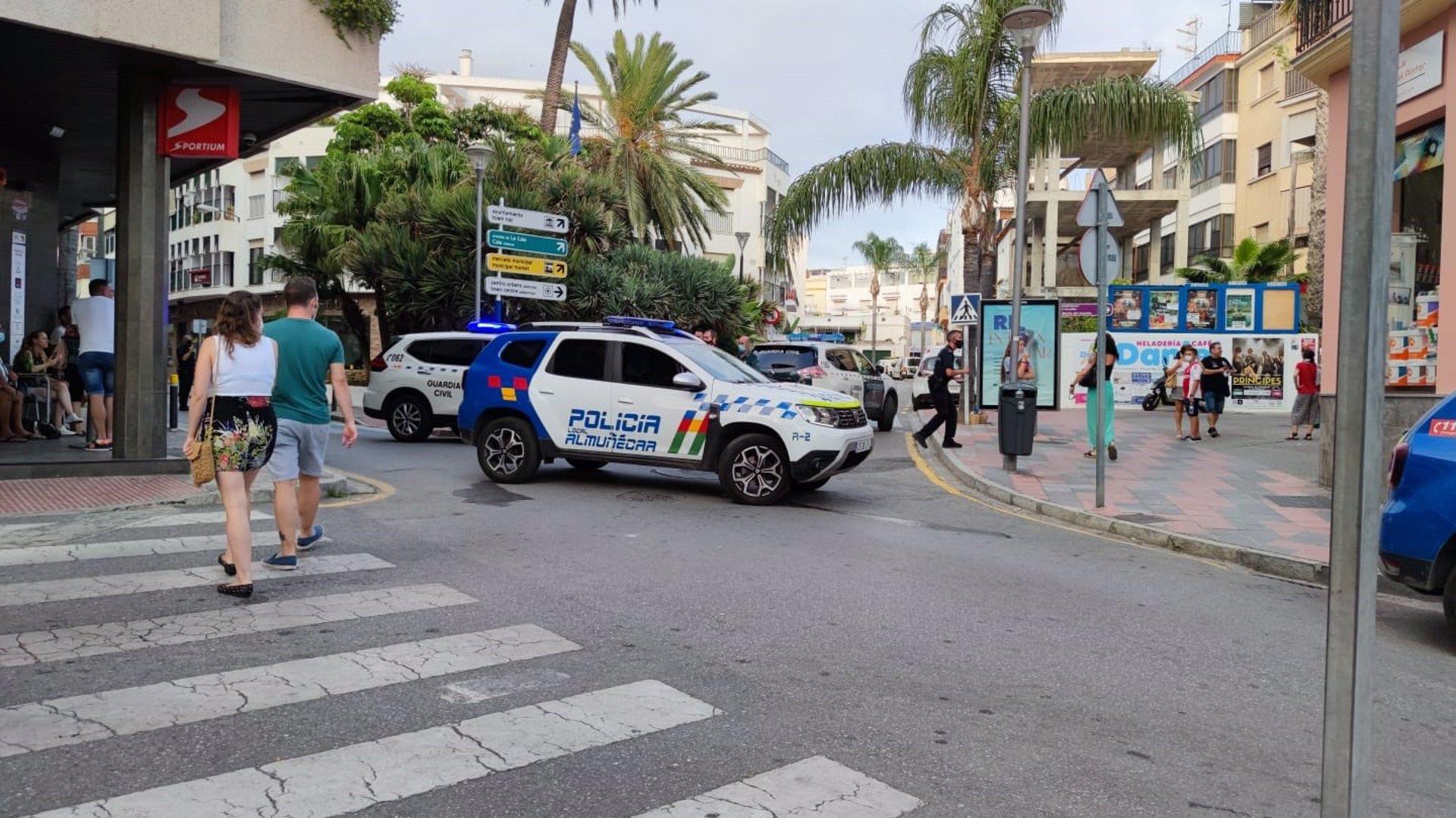 Detenido un varón en Almuñécar por presunta agresión con arma blanca a otro en una riña
