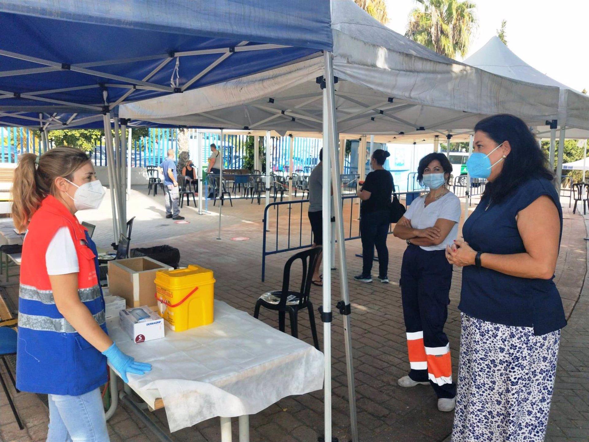Almuñécar cierra el vacunódromo del estadio Francisco Bonet después de casi siete meses