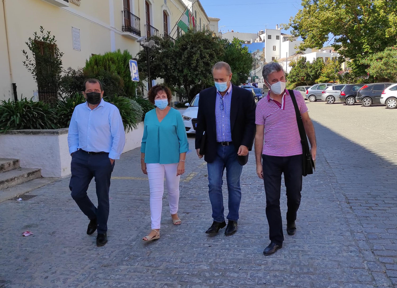 Administración Local ayuda a municipios como Alhama de Granada a garantizar los servicios cuando duplican su población en verano