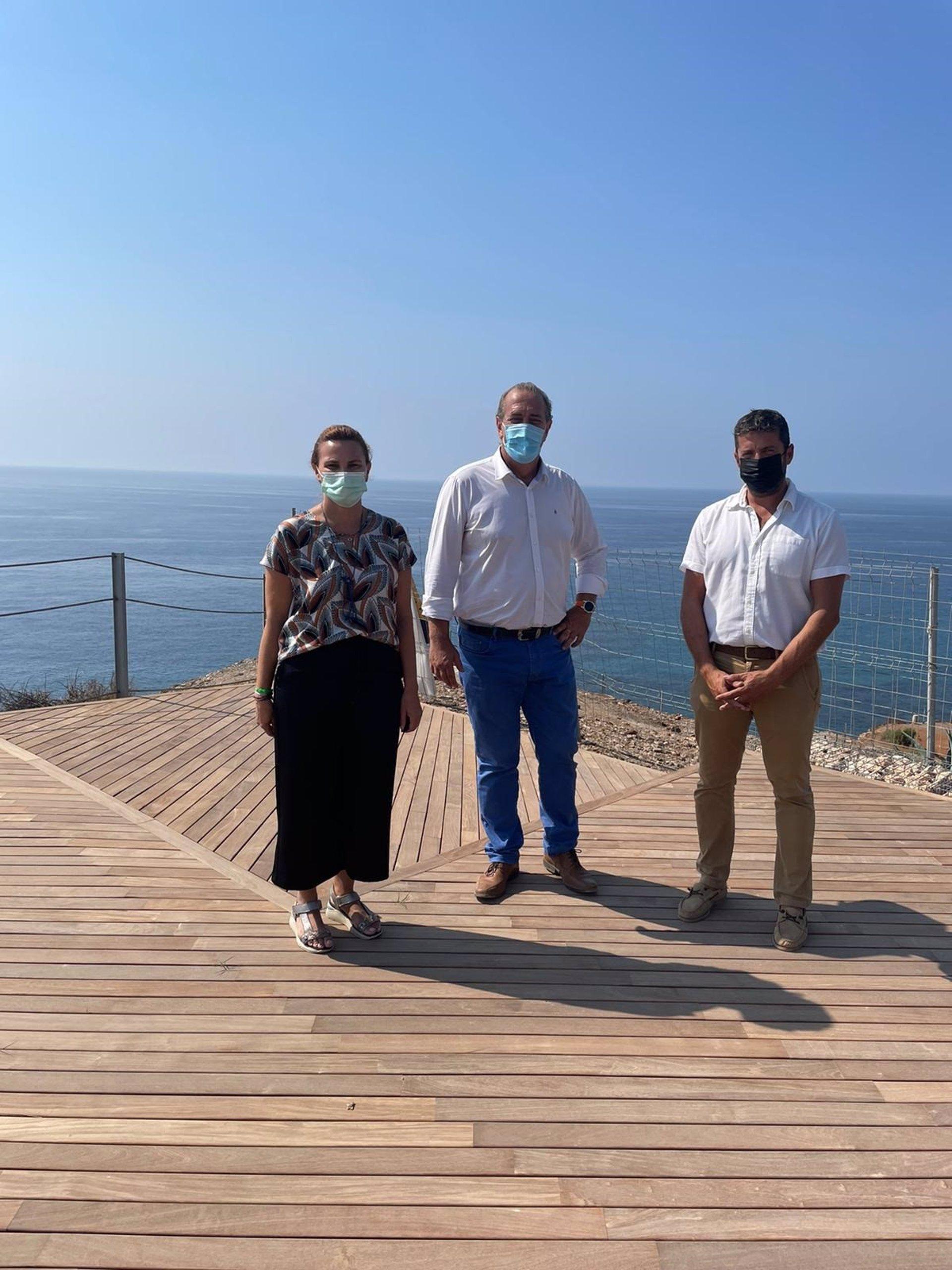 La Junta ayuda a Torrenueva a reforzar la limpieza y mantenimiento de sus playas