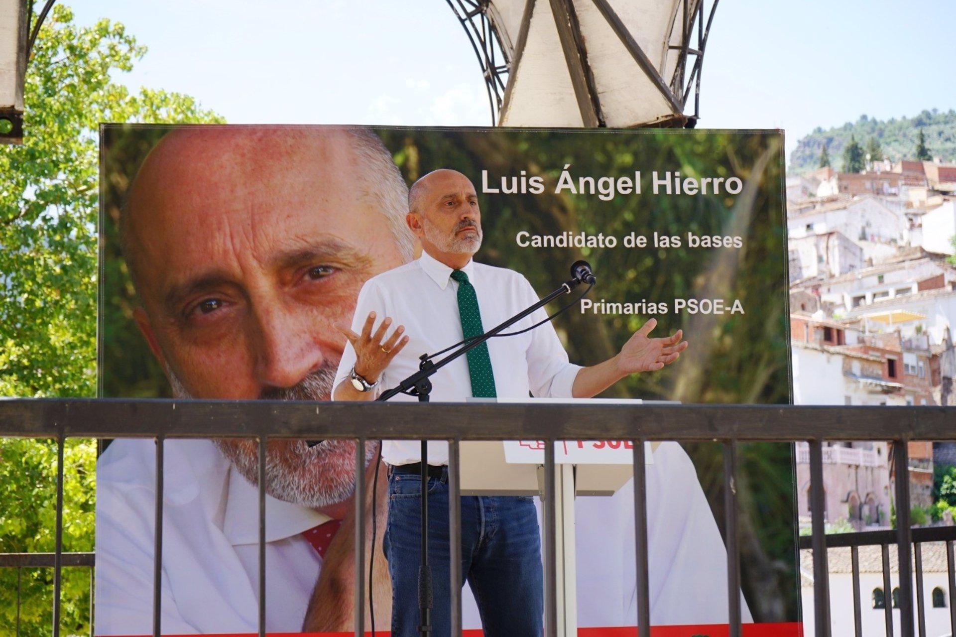 Plataforma andaluza de bases propone que el PSOE se defina republicano en su Congreso y defienda que Endesa sea pública