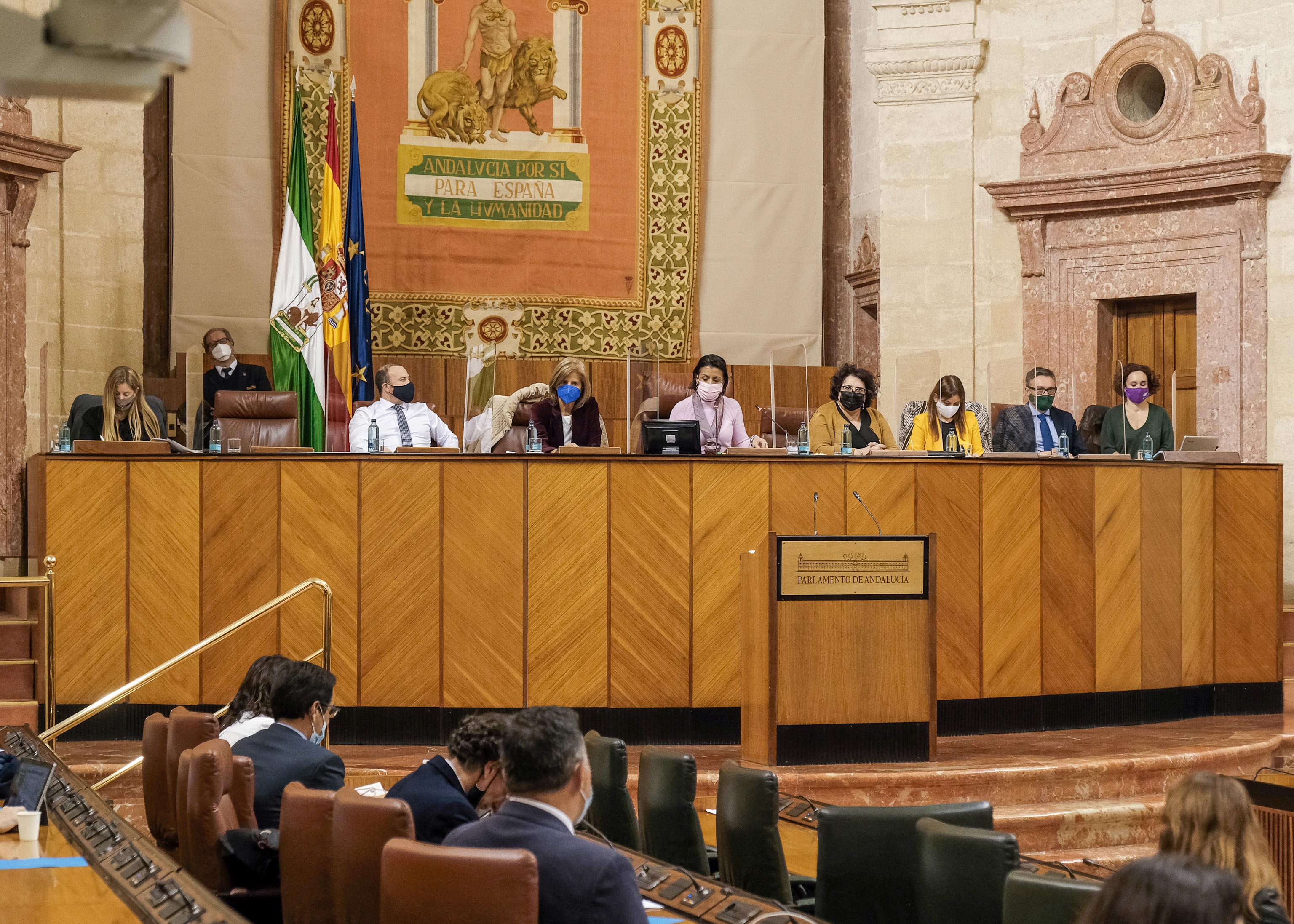 La Mesa del Parlamento se reúne este jueves en el Palacio de Carlos V