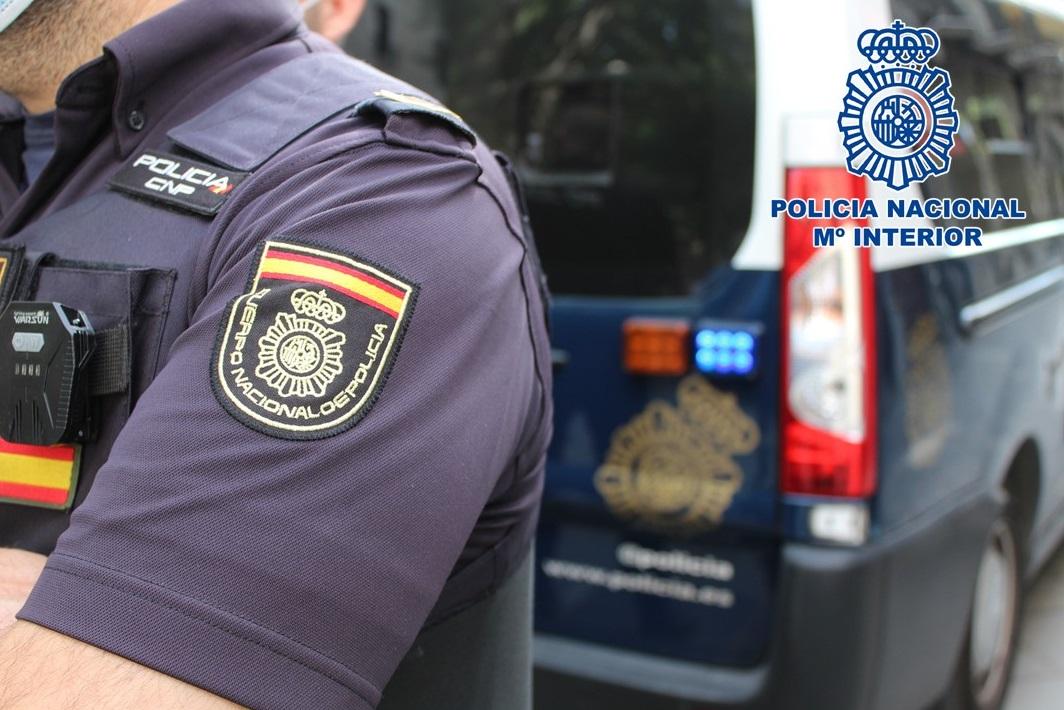Detienen a un estafador por exigir 5.000 euros a una mujer por liberar a su hija supuestamente secuestrada