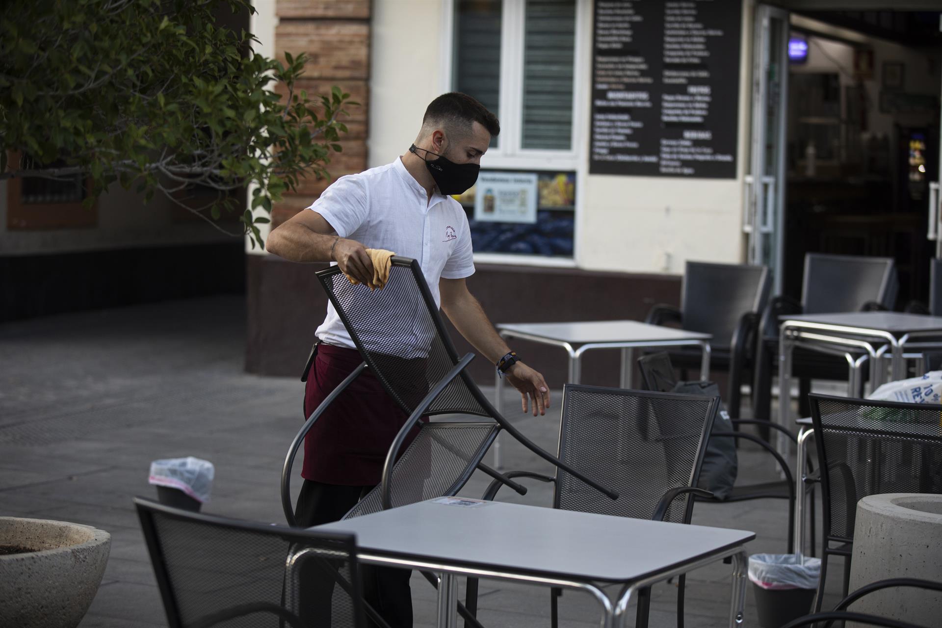 El paro desciende en 32.102 personas en agosto en Andalucía y se sitúa en 796.394 desempleados