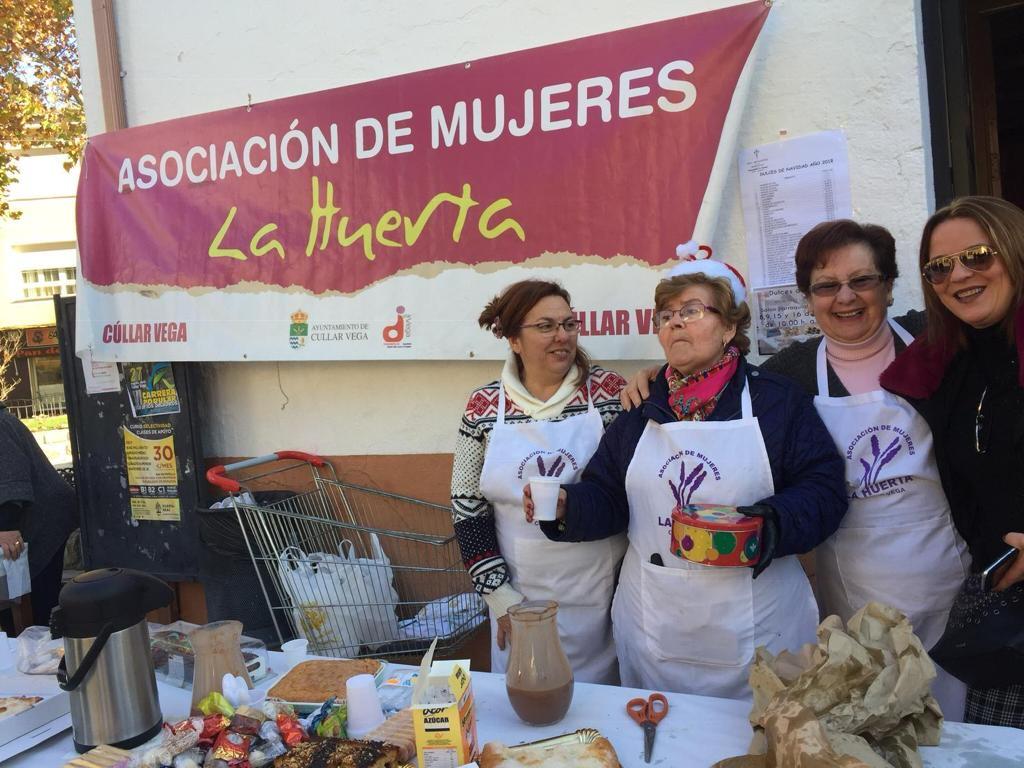 Voluntarias de Cúllar Vega elaboran un desayuno solidario para ayudar a los afectados por el volcán de La Palma