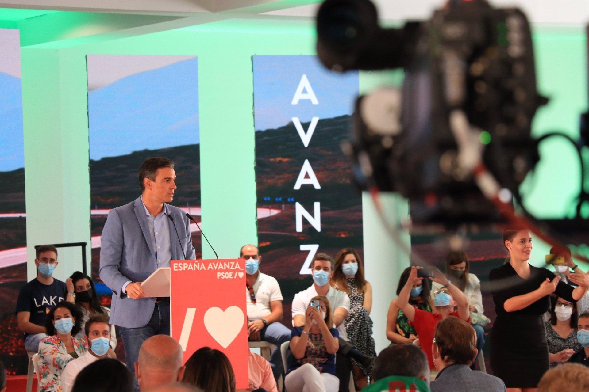 Sánchez llama a Moreno a «ponerse las pilas» para ejecutar 1.000 millones en ayudas directas del Gobierno para empresas