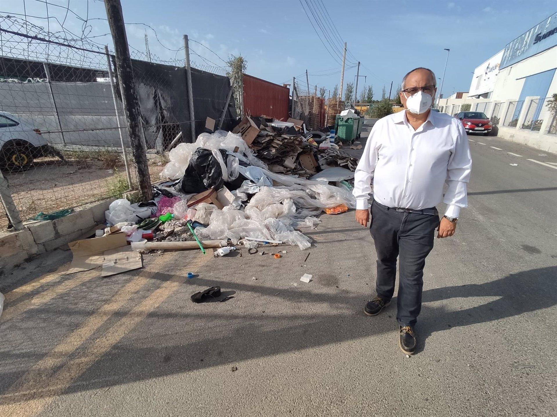 AxSí denuncia el «abandono» del polígono del Vadillo en Motril