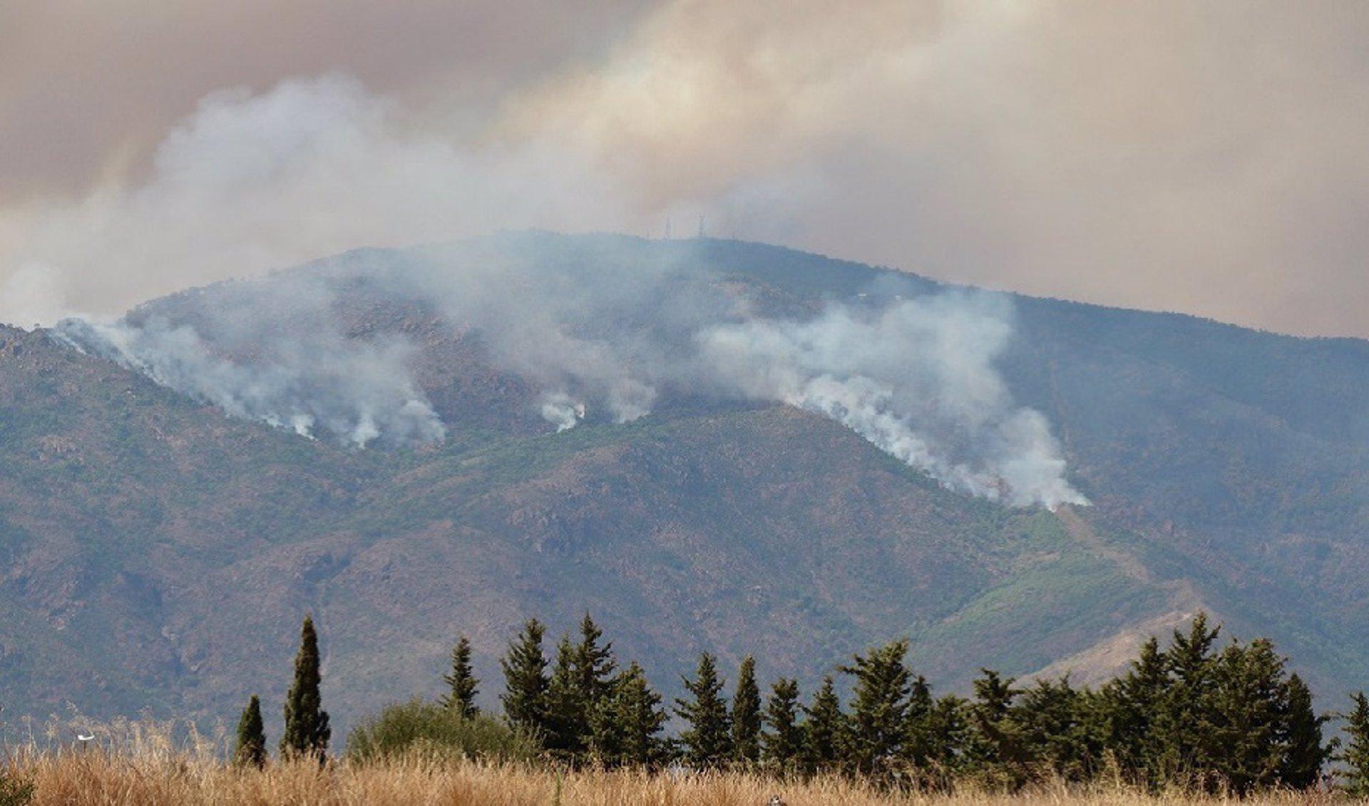 Los pueblos evacuados se elevan a seis tras el desalojo preventivo de Júzcar y Alpandeire