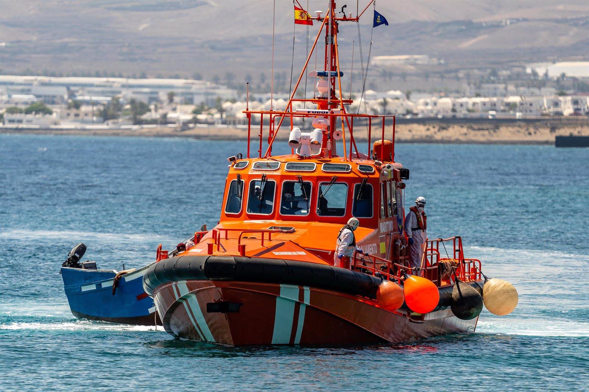 Rescatadas más de 70 personas a bordo de pateras en las últimas 24 horas cerca de la costa granadina