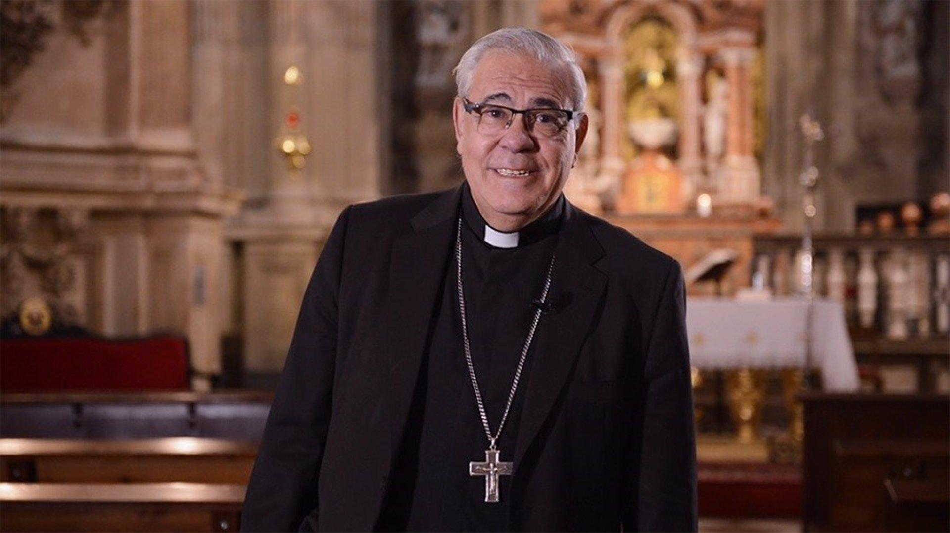 El arzobispo confirma que la Patrona no procesionará pese a la relajación de las restricciones