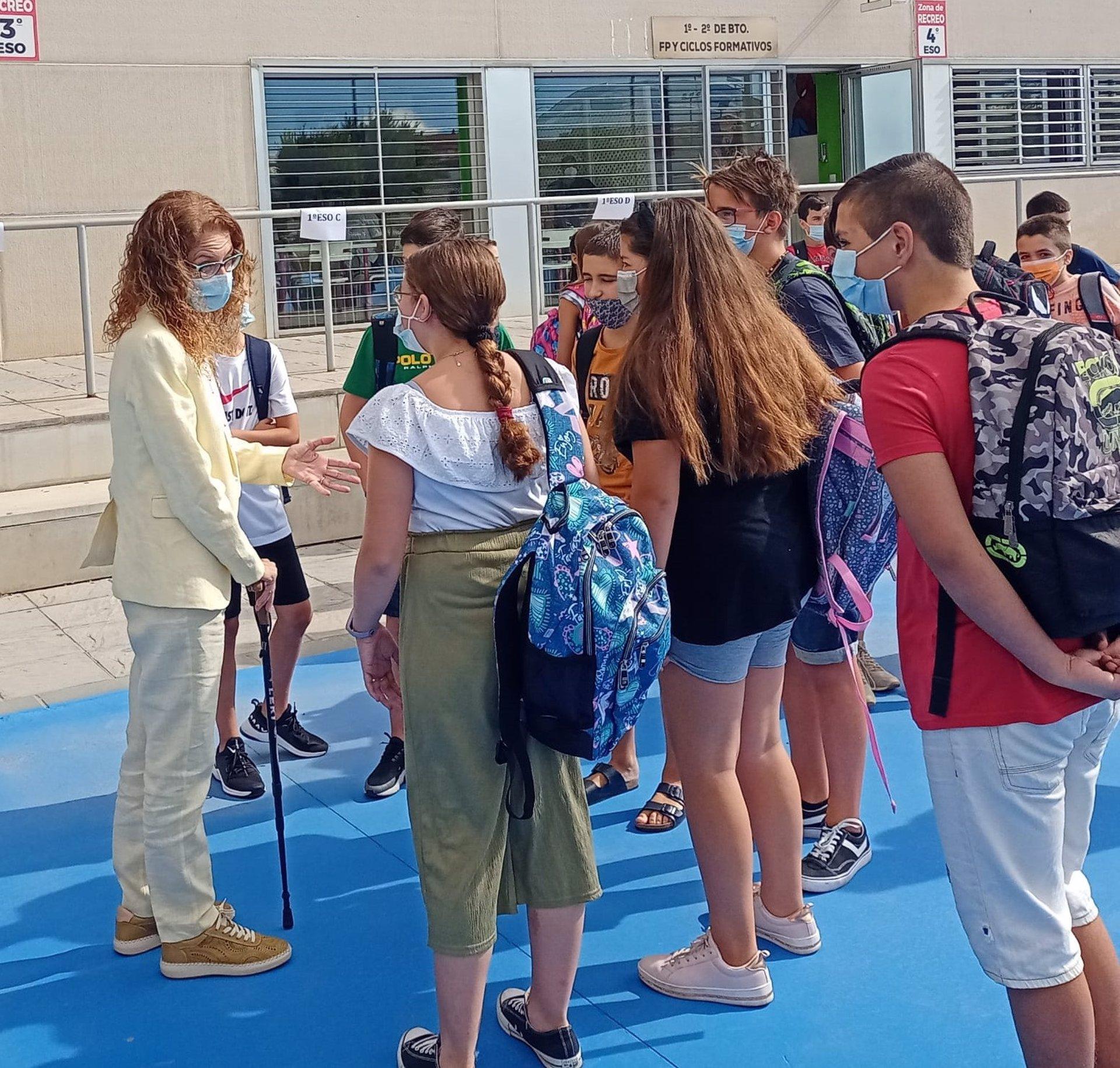 Más de 80.300 estudiantes de Secundaria, Bachillerato y FP inician el curso en Granada