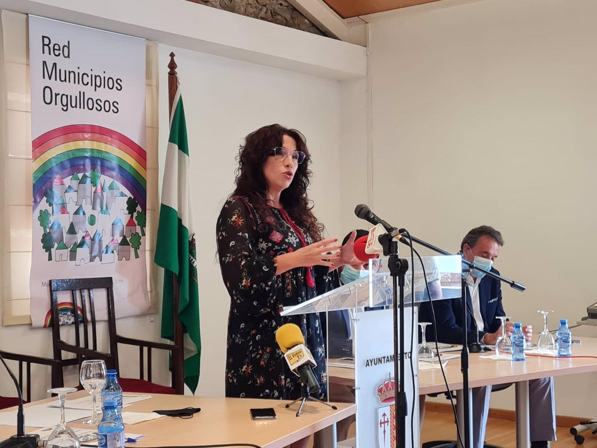 La consejera de Igualdad reivindica los «avances en la defensa del colectivo Lgtbi» logrados esta legislatura