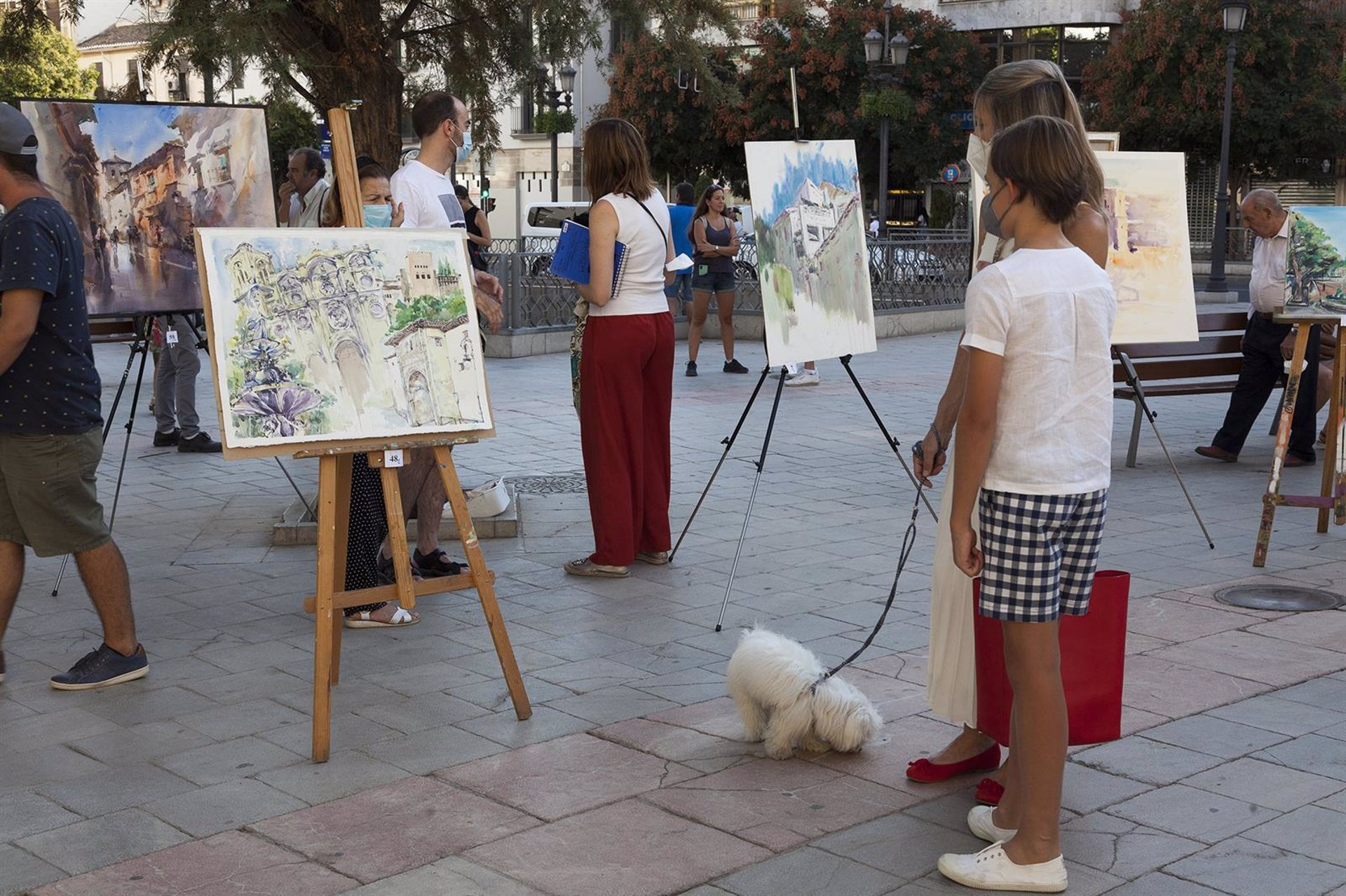 Un centenar de pintores participan en el certamen de pintura rápida Fundación Caja Rural Granada