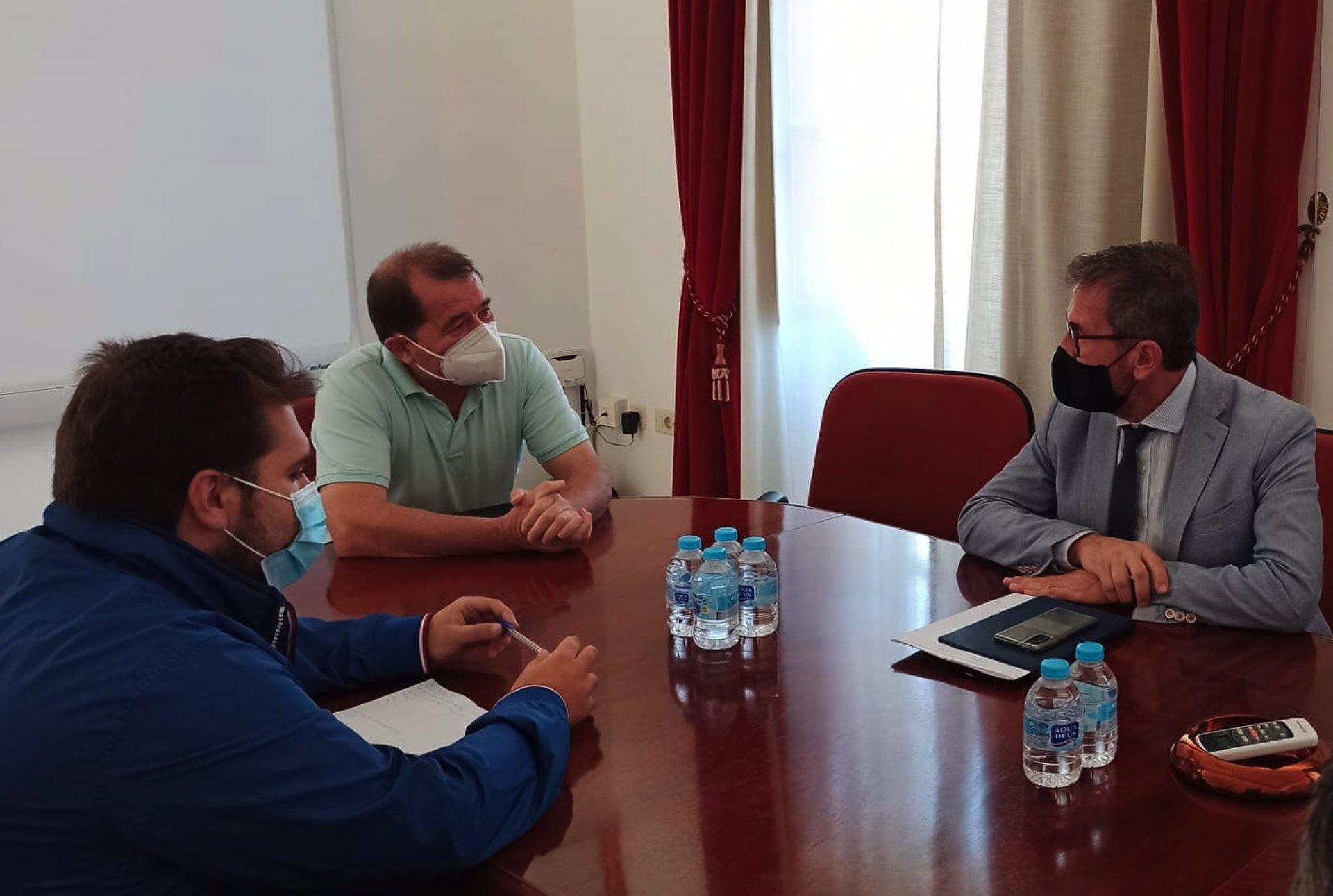 La Junta destaca el potencial de Alhama para impulsar los viajes de interior en la provincia