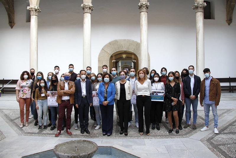 La Universidad de Granada colabora con Amazon Web Services para ofrecer AWS re/start, un programa gratuito de formación en la nube