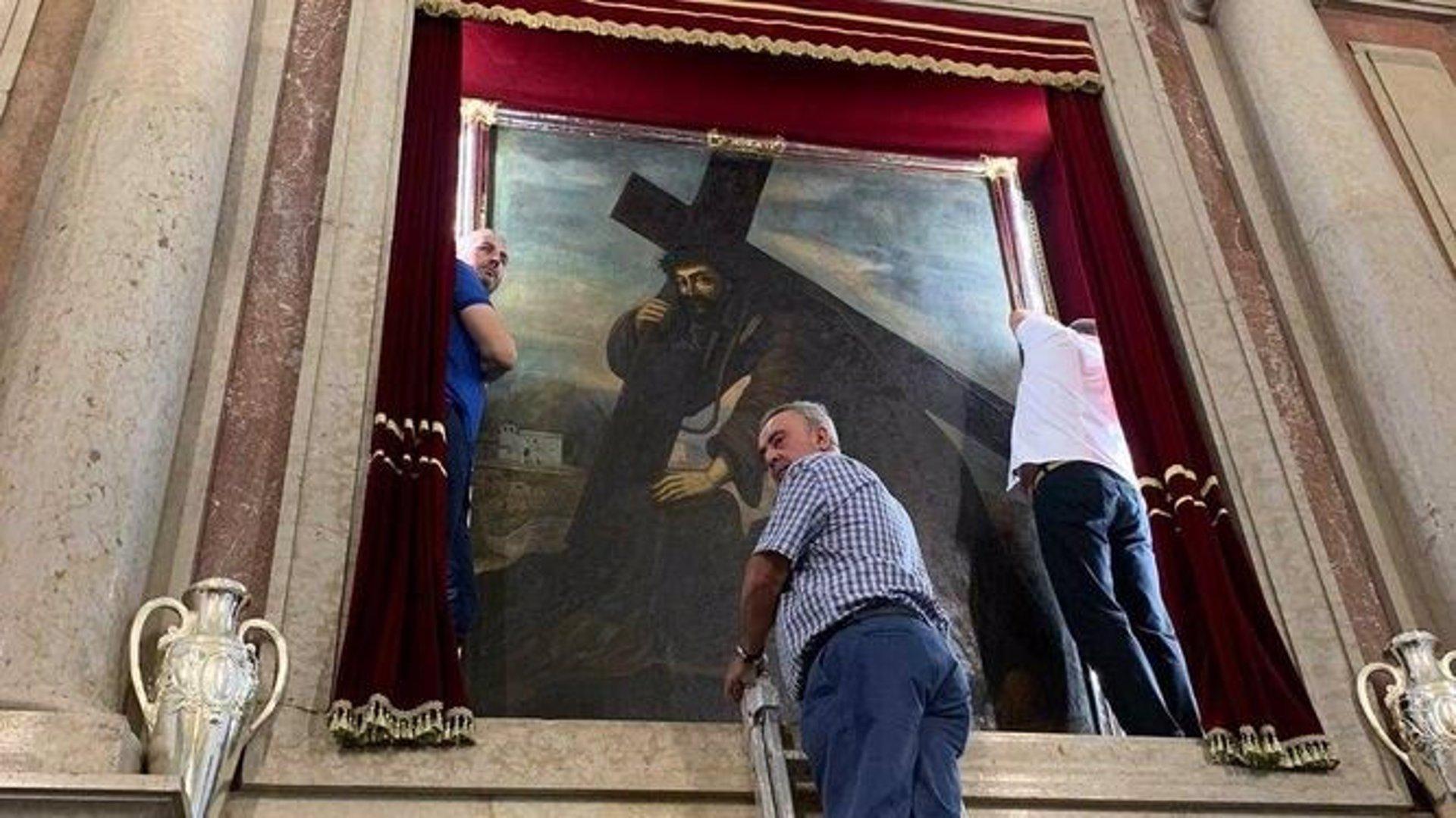 Moclín revive este martes sin romería su devoción por el Cristo del Paño