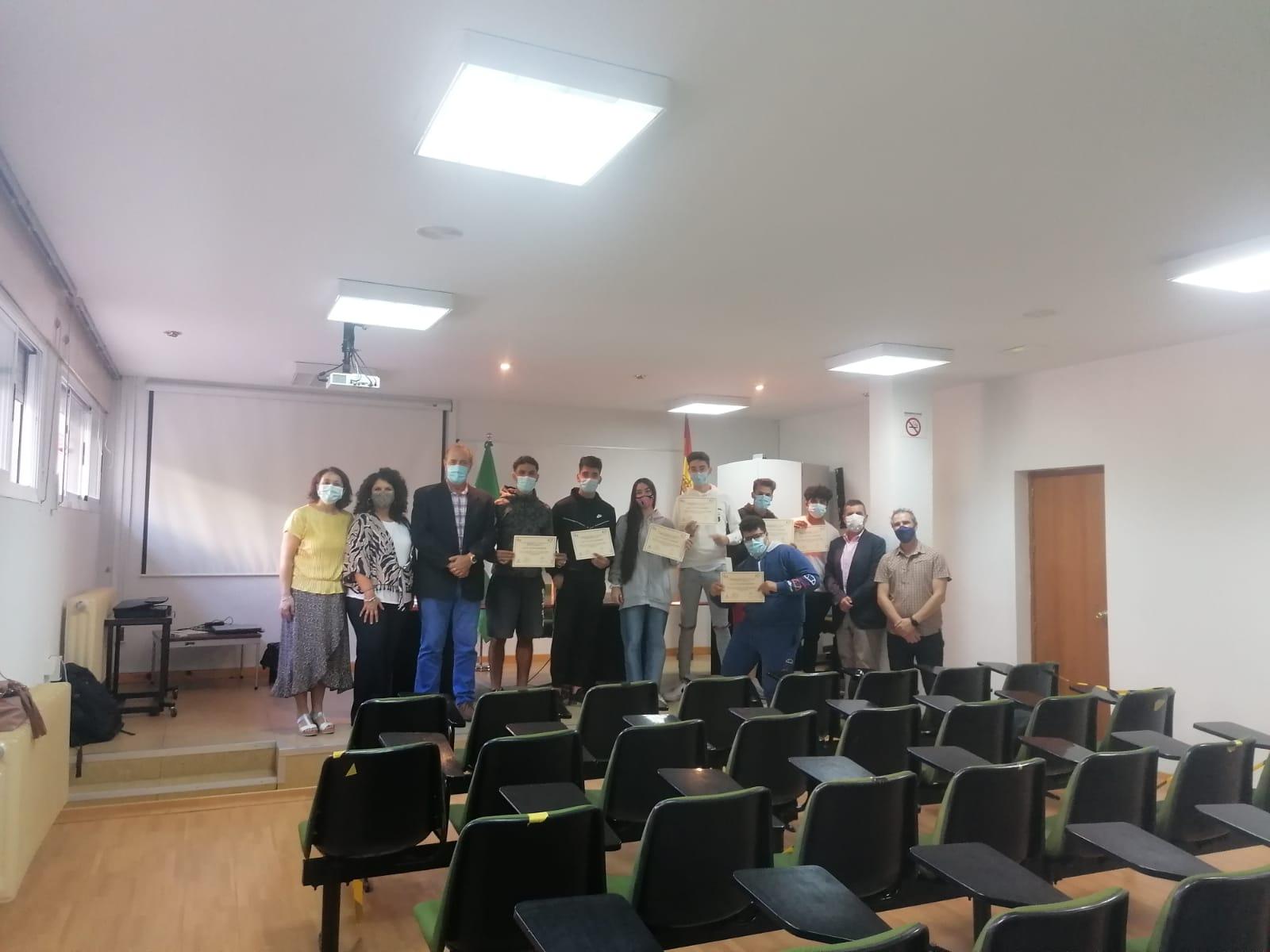Justicia destaca la colaboración con el Centro FPE de Granada para lograr la integración laboral de menores infractores