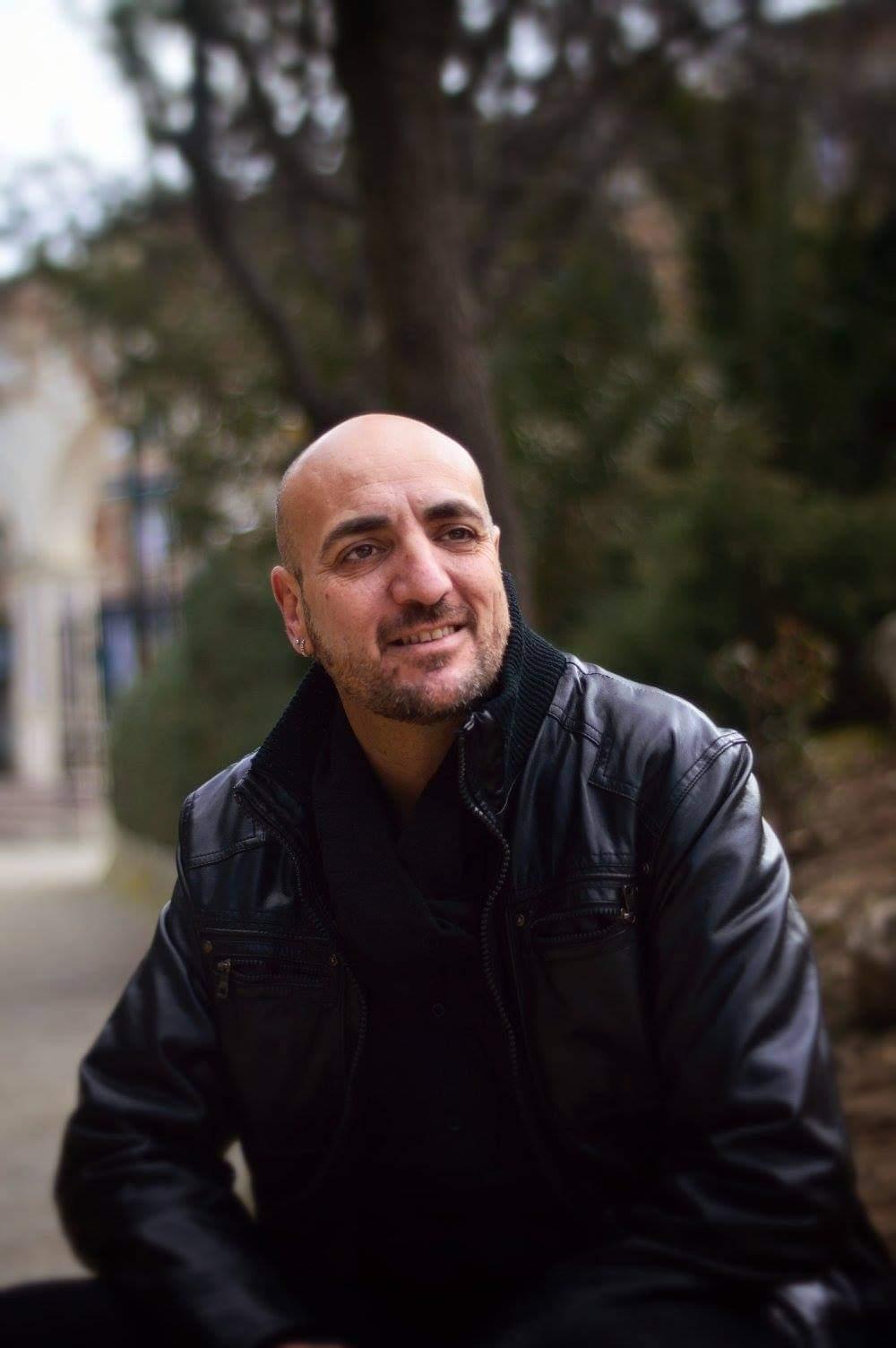 El escritor de La Zubia Juan Carlos Rodríguez Torres regresa a la poesía con 'El diccionario del alma'