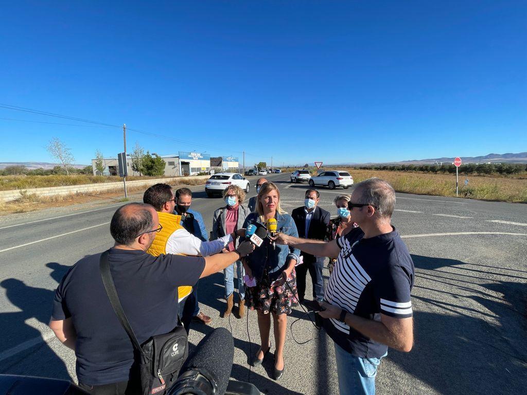 El PP solicita a Diputación la construcción de una rotonda en la entrada de Albuñán para reducir la siniestralidad vial