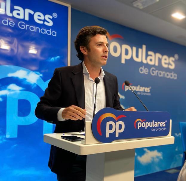 Jorge Saavedra afirma que «el gobierno de Juanma Moreno ha puesto freno al infierno fiscal de Sánchez»