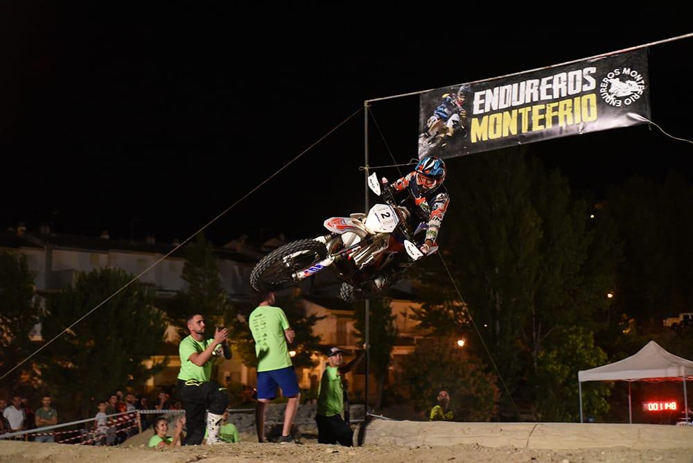 Montefrío acoge una de las exhibiciones de enduro indoor y motocross más importantes de la provincia
