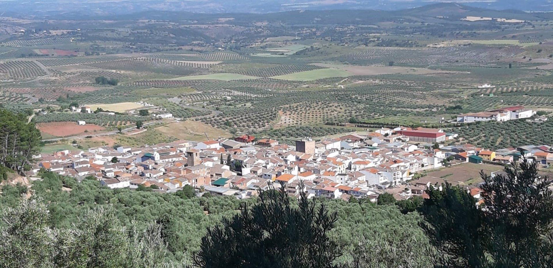 Casi un millón de andaluces reside en uno de los 461 municipios libres de Covid, 46 más en una semana