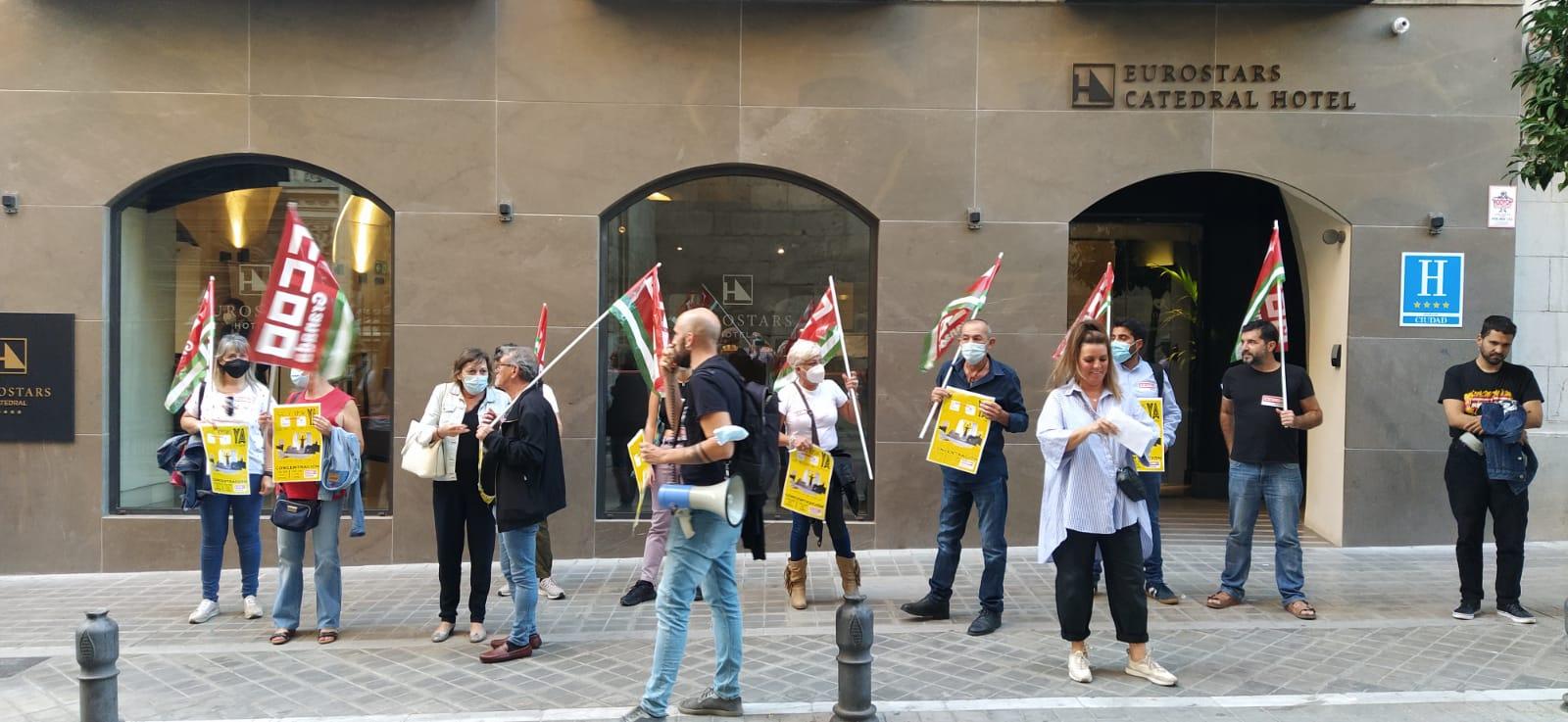 CCOO exige el pago de las nóminas a las trabajadoras de pisos de la cadena Eurostars