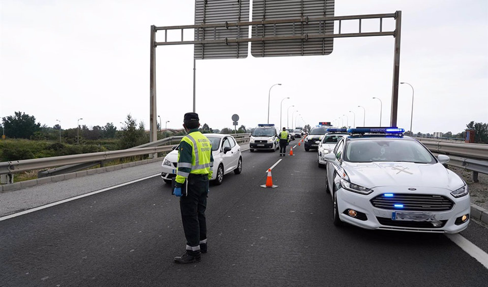 Muere un motorista en un accidente de tráfico con un turismo en Armilla