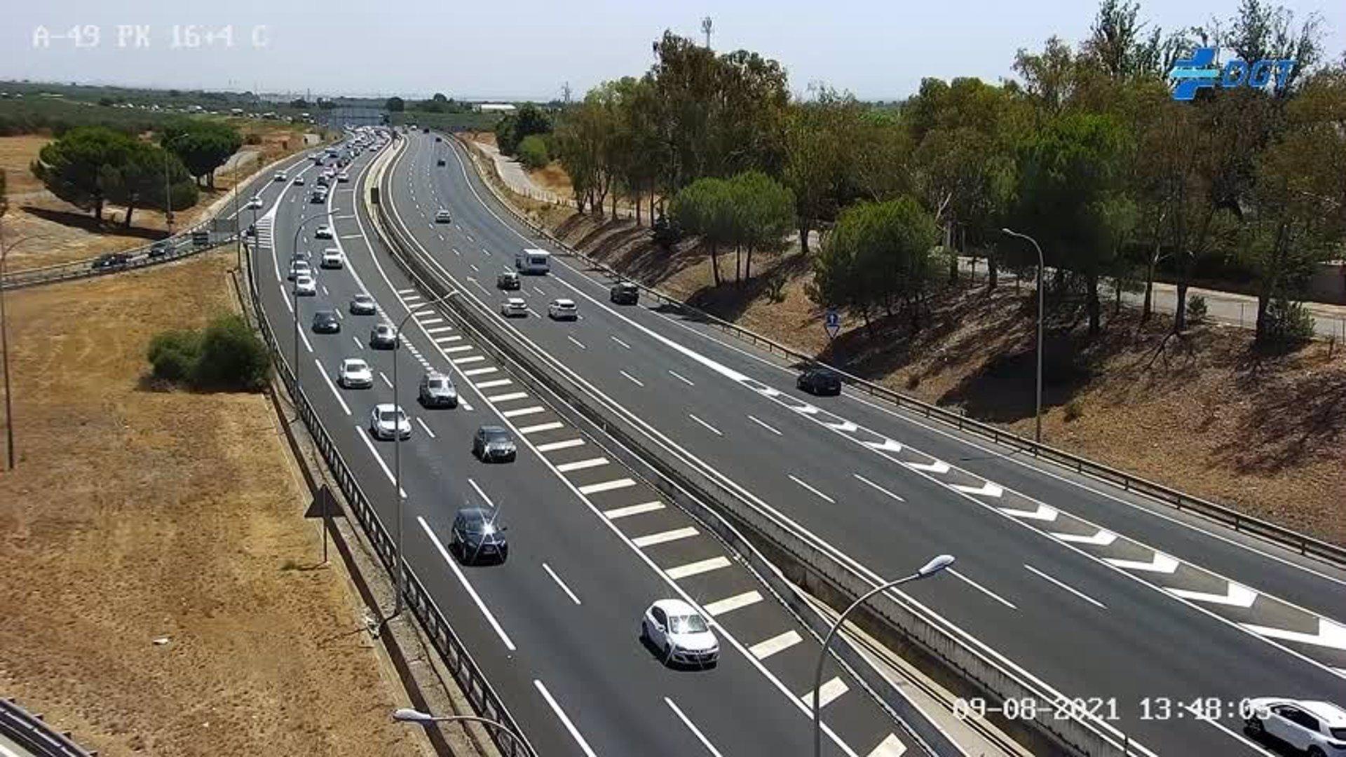 Operación especial de DGT con más de 1,5 millones de desplazamientos previstos en Andalucía por el puente del Pilar